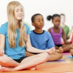 Học Yoga tại nhà